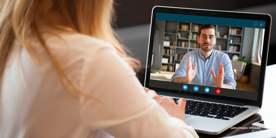 Comment bien mener un entretien annuel en ligne ?
