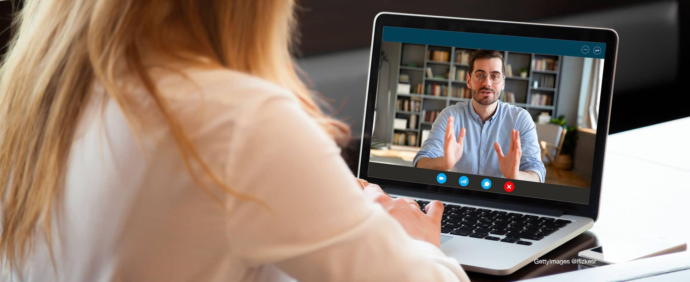 Comment bien mener un entretien annuel en ligne?